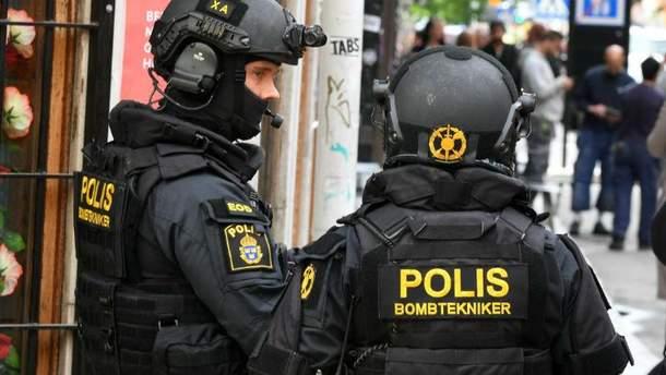 Грузовик врезалась в такси в Стокгольме