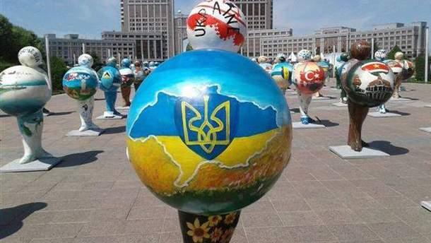Карту Украины без Крыма изобразили в Казахстане