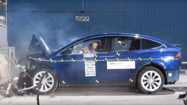 Краш-тест кроссовера Tesla Model X