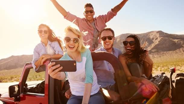 Науковці виявили, хто з близького оточення робить людину щасливішою