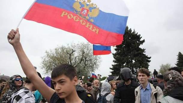 Протести в Росії не вдарять по режиму Путіна