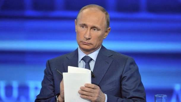 """Путін під час прямої лінії був схожий на """"доброзичливого батька народу"""""""