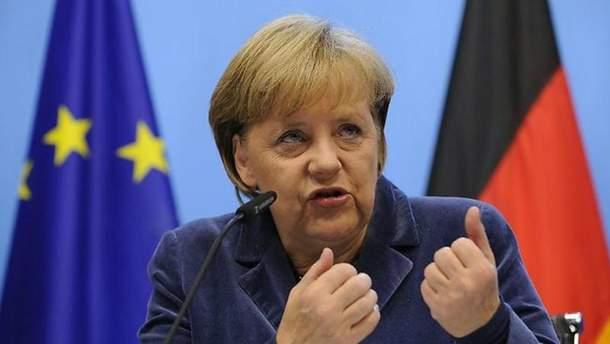 Меркель резко отреагировала на новые американские санкции против России