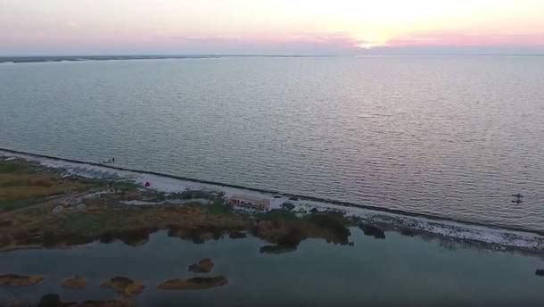 """""""Українські Мальдіви"""": команда біологів опублікувала вражаюче відео про острів Чорного моря"""