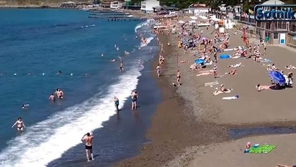 Россияне не спешат ехать в Крым на отдых и объяснили почему