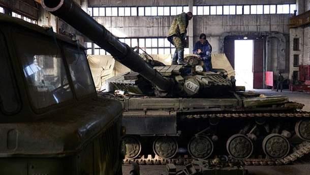 Бойовики розкрадають забезпечення з Росії і змушені платити за ремонт техніки з власної кишені