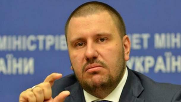 Колишні податківці дають викривальні покази на екс-міністра Клименка