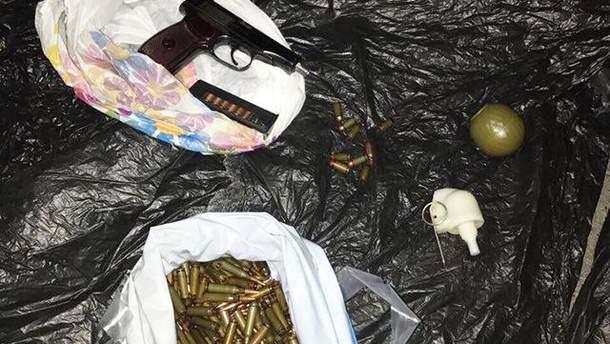 В Києві затримано торговців зброєю з зони АТО