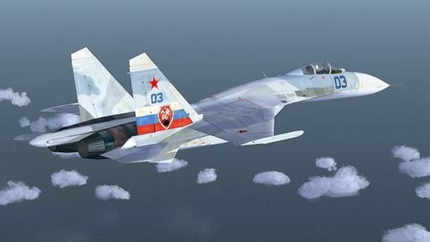 Российский Су-27 попытался спровоцировать самолет-разведчик из США