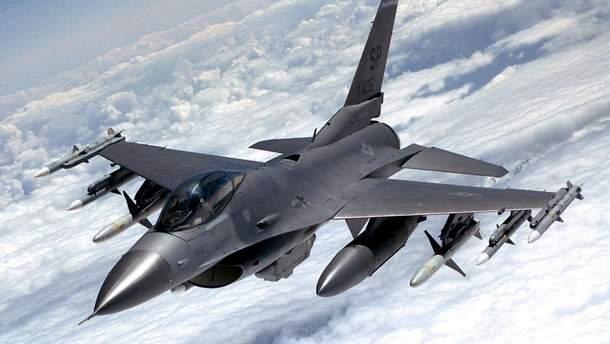 Истребитель НАТО приблизился к самолету РФ