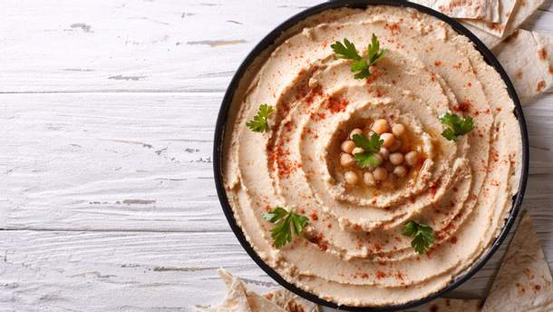 П'ять переконливих причин їсти більше хумусу
