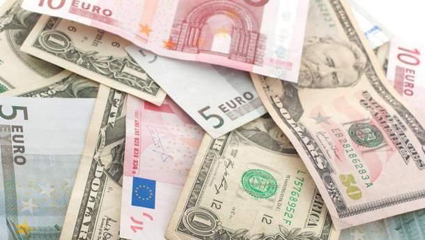 Наличный курс валют 22 июня в Украине