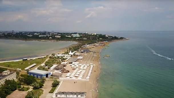 Пляжі в Криму залишаються безлюдними