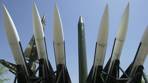 Північна Корея брязкає зброєю