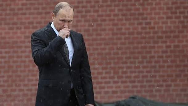 Путин стал неуверенным, считает психолог