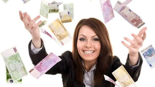 Жінка виграла гроші в онлайн-грі
