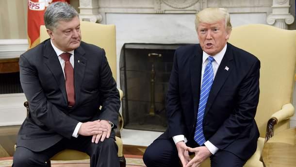 """Во время встречи с Порошенко Трамп """"пренебрежительно"""" назвал Украину"""