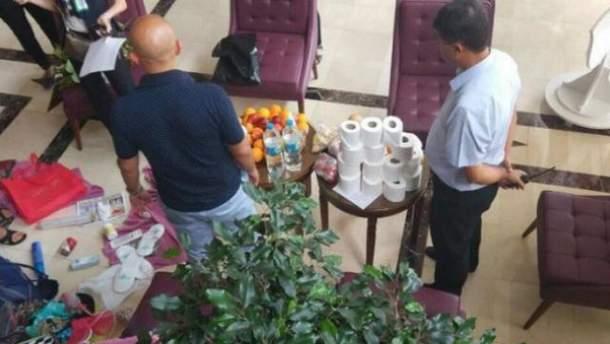 Росіяни попалися на ганебній крадіжці в турецькому готелі