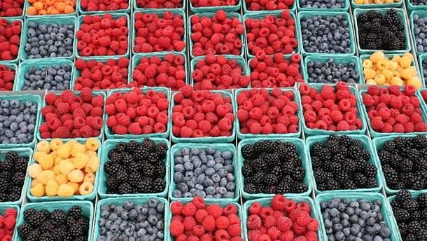 В жару ешьте ягоды
