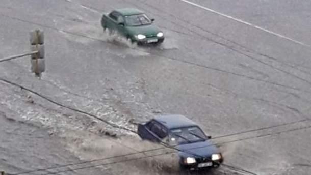 Ураган пронесся по Северодонецку: в сети публикуют фото