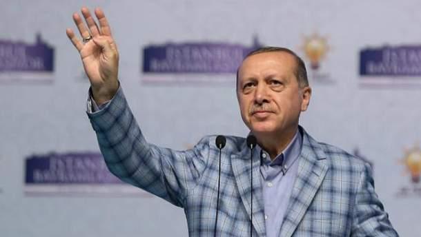 Ердогану заборонили виступати перед турками в Німеччині