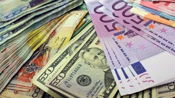 Наличный курс валют 30 июня в Украине