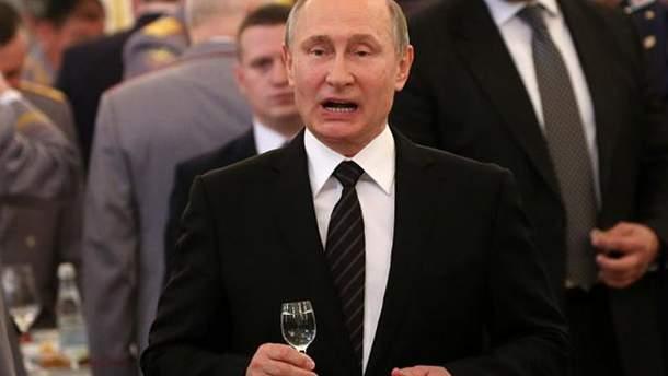Путин продолжил контрсанкции