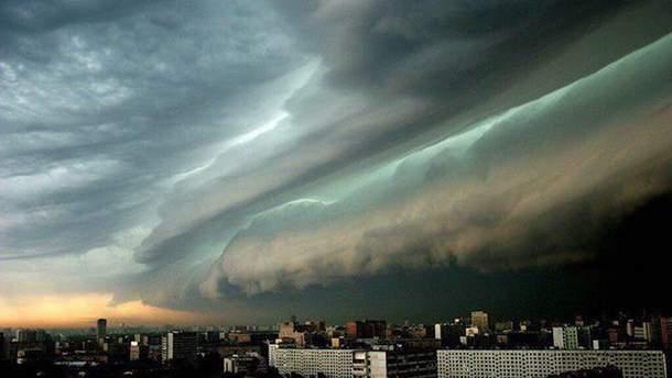 Злива в Москві наробила чимало лиха
