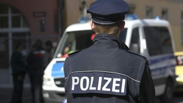 Німецькі правоохоронці вилучили запас зброї