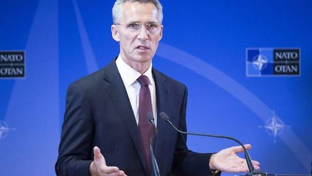 Єнс Столтенберг заявив про розбіжності між НАТО та Росією щодо України