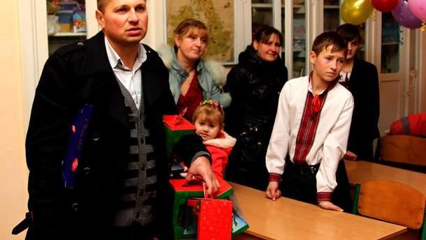 Юрий Смакоуз задекларировал 12 квартир и 11 автомобилей.