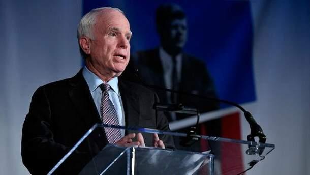У Джона Маккейна  рак мозга