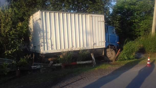 Водій вантажівки все ж не зумів утекти
