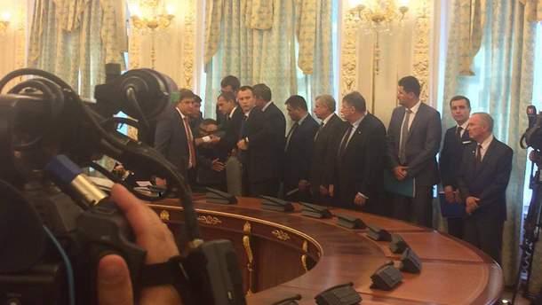 Голова ДПСУ Назаренко знепритомнів під час виступу Лукашенка