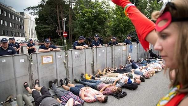 Поляки вышли на протесты из-за судебной реформы
