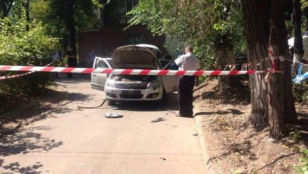 На месте взрыва автомобиля в Днепре