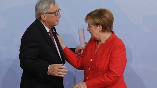 Юнкер переплутав Меркель зі своєю дружиною