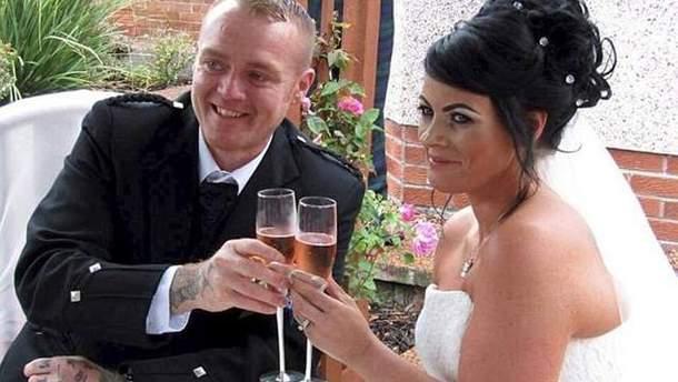 Супруги кардинально похудели, чтобы второй раз отпраздновать свадьбу ради лучших фото