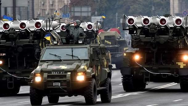 Все частіше лунають заяви про надання Заходом зброї для української армії
