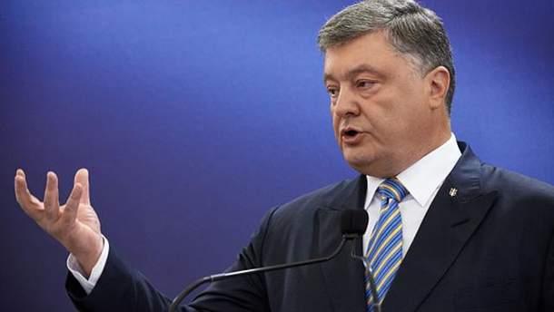 Порошенко анонсировал старт биометрического контроля на границах Украины