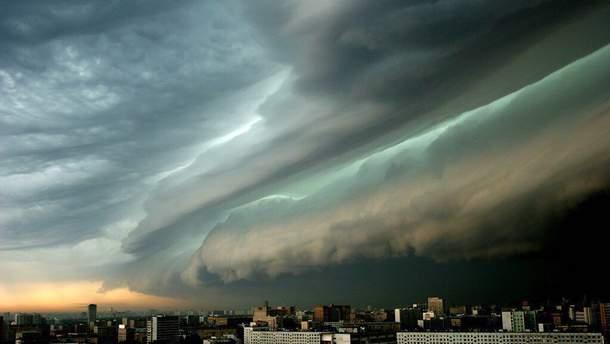 В Атлантическом океане зарождается очередной мощный ураган