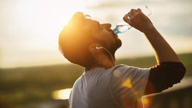 Скільки треба пити води