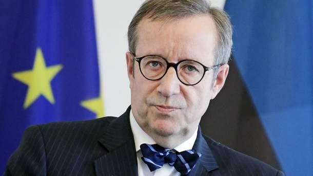 Тоомас Гендрік Ільвес закликав Меркель кинути виклик Путіну