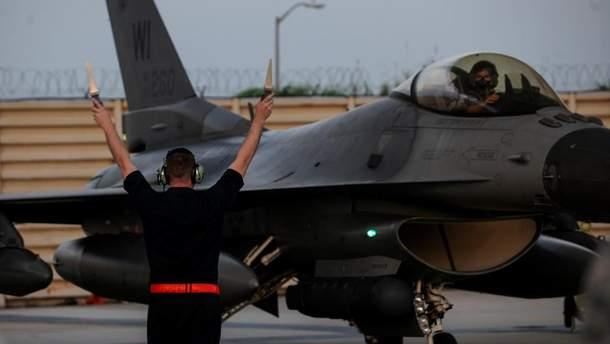 Разбился истребитель F-16