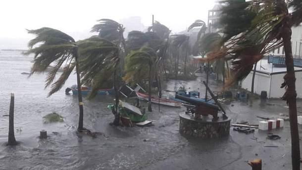 Ураган Ирма уничтожил Сен-Мартен