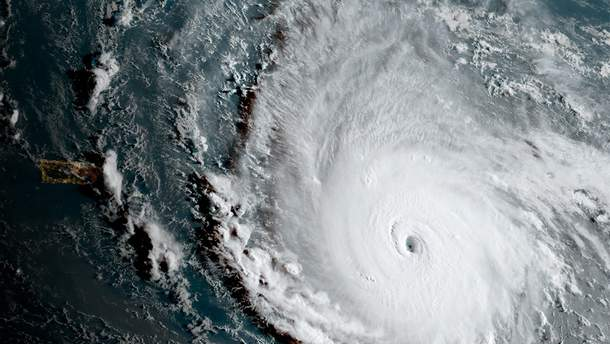 Свирепствует ураган