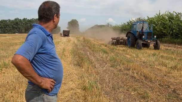 Украинцы лишены права распоряжаться землей