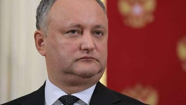 Игорь Додон не хочет, чтобы его военные принимали участие в учениях за пределами страны
