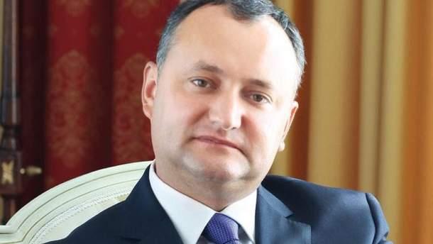 Додон вимагає відставки міністра оборони через участь військ у навчаннях в Україні