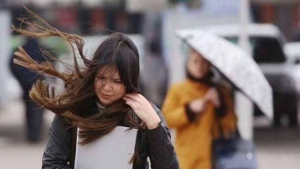 Сильный ветер в Киеве